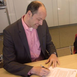FrieslandCampina ondertekening PEFC beleidsverklaring - PEFC