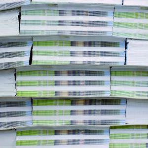 Stapel papieren folders